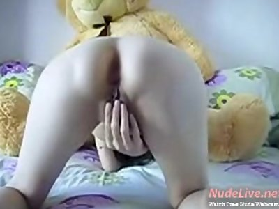 Hottest 19yo Teen fucks her pooh bear on Webcam