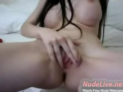 Hottest Brunette 19yo Teen with a beautiful face on webcam