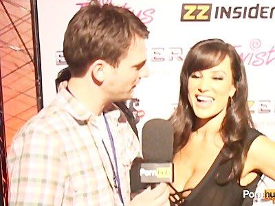 PornhubTV Lisa Ann Interview at 2012 AVN Awards
