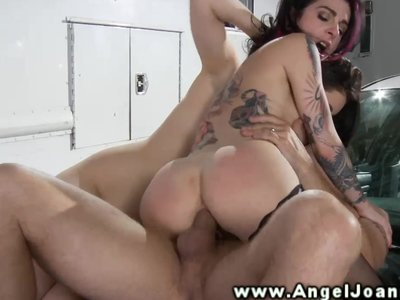 Angel Joanna in buttfucking FFM threeway
