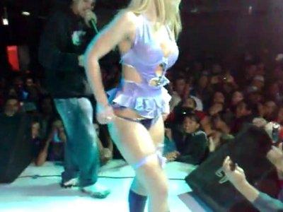 Video Amador com Agnes Marchioni