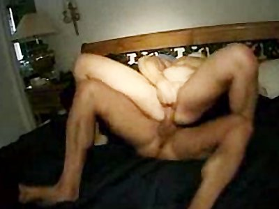 Muscular amateur on tight girlfriend