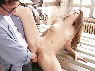 Letting The Windmill Repairman Gape Her Anus