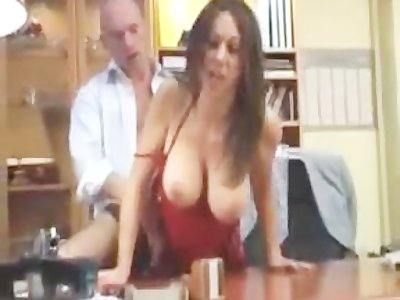 Hot Arab Beurette Girl Gets Fucked By Boss On Desk