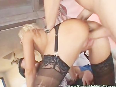 Hubby enjoyed watching his blonde wife on a live sex with a porns