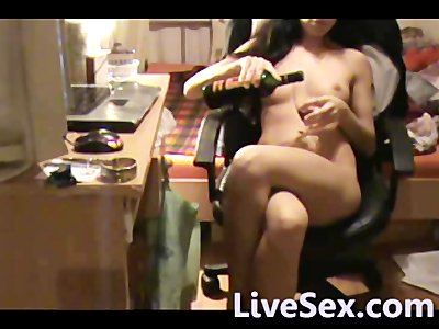 LiveSex.com - Relaxing with wine